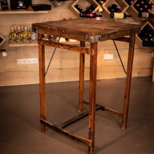 Rustikaler Café-/Bartisch aus Holz